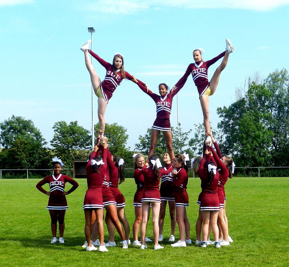 1109px-Heelstretch_Pyramid